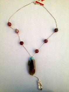Sofia Prono - collar de agata con cadena de plata y una perla colgante
