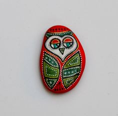 Hand Painted Stone Owl by ISassiDellAdriatico on Etsy, €15.00