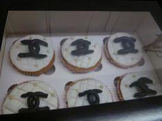 Chanel vanilla cupcakes