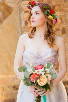 Bridals with bright hued accessories captured by Idahlia Photography.