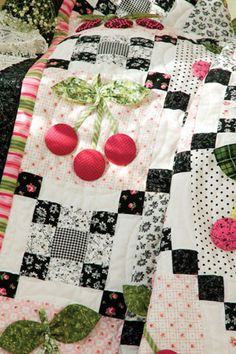 close up, Black Cherry quilt by Holly Holderman, free pattern at McCalls Quilting