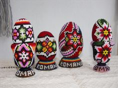 hand made. Orthodox Easter, Egg Art, Happy Easter, Civilization, Childhood Memories, Easter Eggs, Birthdays, Museum, Costume