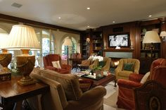 Libraries and Family Rooms - Interior Design Photo Gallery - Timothy Corrigan Wall Units With Fireplace, Built In Wall Units, Fireplace Bookshelves, Luxury Dining Room, Interior Design Photos, New Home Designs, Luxurious Bedrooms, Luxury Furniture, Interior And Exterior