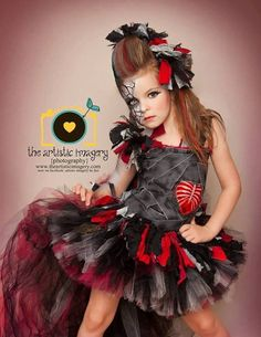 zombie tutu dress costume for halloween Diy Tutu, Tutu En Tulle, No Sew Tutu, Halloween Kostüm, Baby Costumes, Halloween Costumes For Kids, Dance Costumes, Trajes Monster High, Carnaval Kids