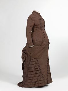 Fripperies and Fobs Maternity dress ca. 1880 From the Mode Museum via Wikimedia Commons - See more at: http://fripperiesandfobs.tumblr.com/#sthash.gycX4lEK.dpuf