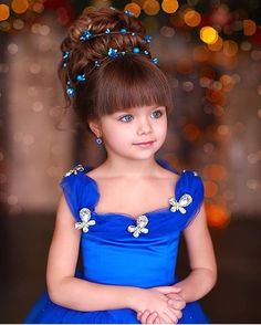The beauty of this girl is unreal. She managed to win the title of the most beautiful girl in the world just a few months ago, and her popularity Beautiful Little Girls, The Most Beautiful Girl, Cute Little Girls, Beautiful Children, Beautiful Eyes, Beautiful Babies, Cute Kids, Cute Babies, Cute Girl Image