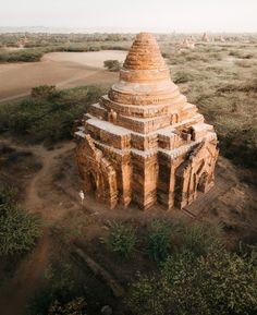 EXPLORING BAGAN IN MYANMAR Bagan, Burj Khalifa, Temple, Exploring, Blog, Travel, Link, Profile, Viajes