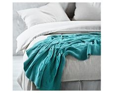 Aura Cable Knit Ocean Throw with crisp white bedding White Bedding, Linen Bedding, King Size Bed Mattress, Peacock Blue Bedroom, Cable Knit Throw, Fantasy Bedroom, Modern Colors, Kid Beds, Interior Architecture