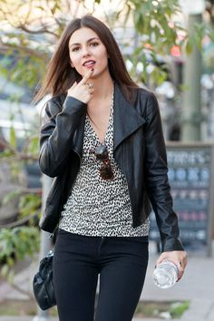 Victoria Justice - out and about candids in Los Angeles, November 27, 2013