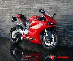 The Ducati 1299 Panigale S stands apart with its full LED headlights, carbon fiber mudguard and forged wheels, currently available as a demo model. Ducati 1299 Panigale, Arai Helmets, Moto Ducati, Forged Wheels, Sportbikes, Motogp, Motorbikes, Detroit, Art Reference