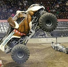 The Pound Hound Monster Truck Cars, Monster Jam, Monsters, School, Vehicles, Schools, Vehicle