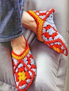 Stylish Easy Crochet: Crochet Slippers Pattern - Using Crochet Granny Squares: Crochet Slipper Pattern, Granny Square Crochet Pattern, Crochet Squares, Crochet Slippers, Crochet Granny, Easy Crochet, Crochet Lace, Women's Slippers, Bedroom Slippers