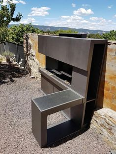 Barbacoa modular metalica con bancada angular There are many items that may lastly complete a Modern Outdoor Kitchen, Build Outdoor Kitchen, Backyard Kitchen, House Without Walls, Parrilla Exterior, Built In Braai, Barbecue Design, Backyard Pool Designs, Bbq Area
