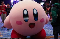 This is cosplay?! It looks so real! (I this looking at kirby cosplay photos on google, so I can see really bad Kirby costumes and this popped up) How did this person pull this off? How can this person breath? SEE?!!! This is the best cosplay I ever seen (if it is)!