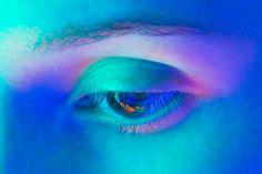 Semeniuta Viachaslau is a Visual Scientist Making Ultraviolet Photography - Arte Madness Color Photography, Portrait Photography, Figure Photography, Vaporwave, Human Body Art, Neon Aesthetic, Cyberpunk 2077, Art Studies, Drawing People