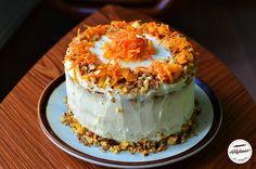 Tort de morcovi-Carrot cake Romanian Desserts, Sweet Treats, Pudding, Sweets, Cake, Food, Gummi Candy, Candy, Custard Pudding