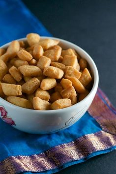 Shakarpara or Shankarpali is an extremely addictive 3-ingredient snack that you can make in 30 minutes!