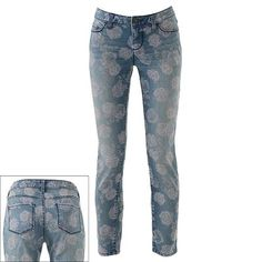 LC Lauren Conrad Floral Skinny Jeans #floral #spring #denim The way the pockets are placed on the back, will give the appearance of a lifted and rounded bottom!