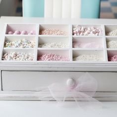 Heart Handmade UK: A Retro Pastel Kitchen and Baking Dream