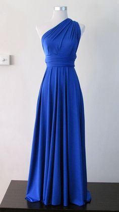 Royal blue halter dress ❤️