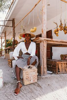 If like me you're a foodie, culture lover, and adventurer - but still enjoy beautiful beaches you can relax on…Zanzibar is definitely for you. Black Girl Magic, Black Girls, Black Women, Vacation Outfits, Summer Outfits, Honeymoon Outfits, Honeymoon Destinations, Boho Outfits, Black Girl Aesthetic