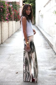 Want that skirt.