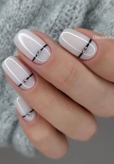 33 Trendy Natural Short Square Nails Design For Spring Nails 2020 – Latest Fashion Trends For. 33 Trendy Natural Short Square Nails Design For Spring Nails 2020 – Latest Fashion Trends For Woman - NailiDeasTrends Square Nail Designs, White Nail Designs, Nail Designs Spring, Simple Nail Designs, Nail Art Designs, Neutral Nail Designs, Spring Design, Frensh Nails, Manicures