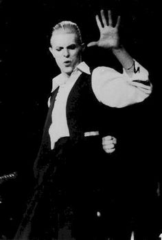 David Bowie 1976: Isolar / Station to Station.