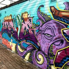 I am in love with street art