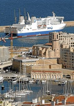 Le pouvoir d'achat immobilier croît à Marseille... et à Paris pinned with Pinvolve