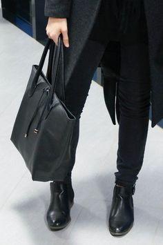 WINTER UNIFORM | h&m hat, kashmir&seide linz scarf, h&m knit, zara pants, mango coat, deichmann boots, h&m bag