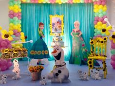 Frozen-Fever Frozen Birthday Theme, Frozen Theme Party, Frozen Party Decorations, Birthday Decorations, Frozen Disney, Anna Frozen, Frozen Table, Festa Frozen Fever, Olaf Birthday