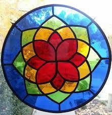 me ~ Stained glass mandala Glass Painting Designs, Stained Glass Designs, Stained Glass Projects, Stained Glass Patterns, Stained Glass Flowers, Stained Glass Art, Stained Glass Windows, Mandala Drawing, Mandala Painting