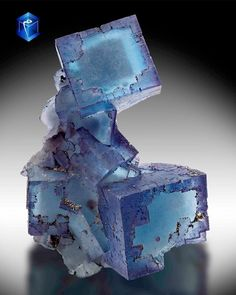 Fluorine blue... with purple castellated corners.. Denton Mine, Cave-in-Rock…