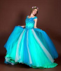色使いが綺麗なリリアーヌ  #ウェディングドレス#オーダードレス#結婚式#サイズオーダー#フルオーダー#オートクチュール#販売ウエディングドレス#海外挙式#アトリエアン#カラードレス by atelierange8862