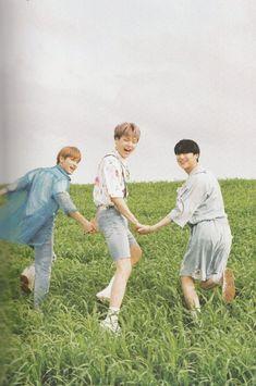 """a pic of SeunGyul and their son, Nam Dohyon """" seungyoun - Hangyul - Dohyon """""""