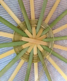 days of Nantucket Basket~ Bamboo Art, Bamboo Crafts, Bamboo Weaving, Basket Weaving, Nantucket Baskets, Bamboo Basket, Weaving Patterns, Loom Weaving, Creative Art