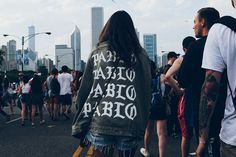Here's the best street style spotted at Lollapalooza featuring goods by… Street Style 2016, Skate Wear, Lollapalooza, New York Style, Fashion Articles, Cool Street Fashion, Urban Outfits, Festival Outfits, Fashion Addict