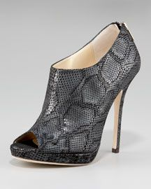 Love this shoe!!!