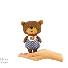 Dolls And Daydreams / Baby Bear Sewing Pattern