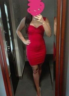 Kup mój przedmiot na #vintedpl http://www.vinted.pl/damska-odziez/krotkie-sukienki/18710410-czerwona-sukienka