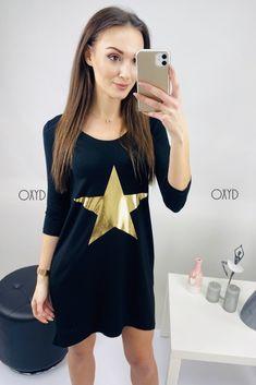 Čierne športové šaty s hviezdou Cold Shoulder Dress, Dresses For Work, Stars, Fashion, Moda, Fashion Styles, Sterne, Fashion Illustrations, Star