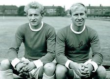 Denis Law and Bobby Charlton, two of the Man. United holy trinity. Georgie Best completes the threesome.