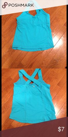 Workout Tank Top Criss Cross Strap Workout Tank Top with Built in Bra. Tops Tank Tops