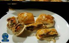 خوراک کلوچه ماهی و قارچ Mushroom Food, Mushroom Recipes, Tacos, Stuffed Mushrooms, Mexican, Meat, Chicken, Ethnic Recipes, Stuff Mushrooms