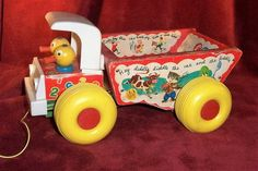 Vintage-1964-1972-Fisher Price-Milk Wagon-With Bottle Carrier and 6 Bottles