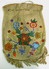 The Metis: Religion / Ceremonies / Art / Clothing Native Beadwork, Native American Beadwork, Native American Tribes, Native American History, Canadian History, Native Americans, Beaded Bags, Beading Projects, First Nations