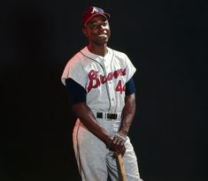 Hank Aaron poses in his Atlanta Braves uniform before a game against the Los Angeles Dodgers on July 7, 1966 at Dodger Stadium in Los Angeles. (Photo by Neil Leifer/Sports Illustrated)