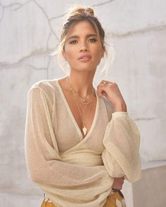 Rocky Barnes Metallic Cropped Mesh Sweater Gold Women's S Exclusive Clothing, What Should I Wear, Beautiful Blouses, Star Fashion, New Outfits, Boho Chic, Bell Sleeve Top, Dress Up, Street Style