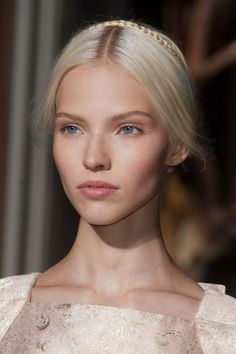 Sasha Luss goes blonde the most cat like human ever. what a stunner